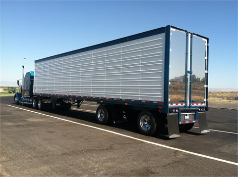 US Trailer Rental Sales Lease and Storage Buys Rents and Repairs All Commercial Trailers Reefers Flatbeds and Dry Vans image_20171206_043859_203