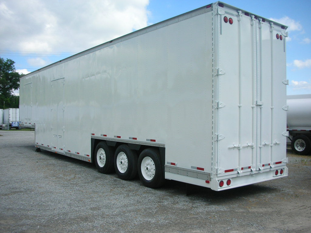 US Trailer Rental Sales Lease and Storage Buys Rents and Repairs All Commercial Trailers Reefers Flatbeds and Dry Vans image_20171206_043903_262