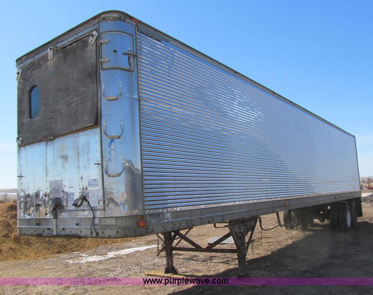US Trailer Rental Sales Lease and Storage Buys Rents and Repairs All Commercial Trailers Reefers Flatbeds and Dry Vans image_20171206_043908_331